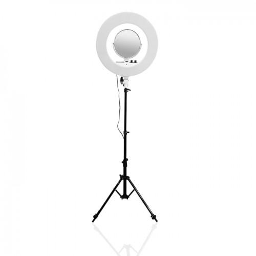 LED лампа за фотография и грим сесии